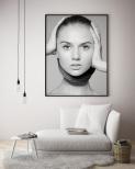 Poster Kvinna Händer Mot Huvud