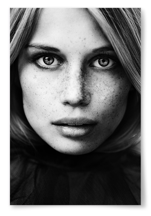 Poster Kvinna Med Fräknar