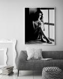 Poster Kvinna Vid Fönster