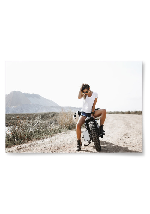 Poster Kvinna på Motorcykel Horisontell